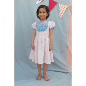 kids dresses, dress for girls, kids cotton dress, handwoven dresses, handwoven dresses for kids, kids clothing, handmade in India, made in India, India made